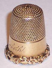 Антикварная 14K твердого золота наперсток Картер Гоф Co тяжелые свитки имя Елизаветы