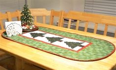 PellonProjects.com. Kona Bay Christmas Tree Table Runner