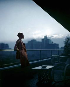 New York state of mind: photographed by Joffe Constantin, circa 1945.