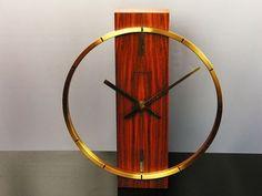 clock by kinzle