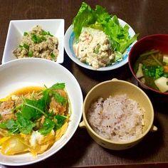 ロースカツの卵とじ ポテトサラダ 卯の花 小松菜と舞茸のお味噌汁 雑穀ごはん - 12件のもぐもぐ - 晩ごはん by junchiko