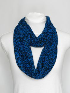 Scarves For Women Geometric Scarf / Blue Summer Scarf Print Scarves / Scarf Women Blue Infinity Scarves / Blue Scarves Festival Scarf Autumn Fashion Casual, Fall Fashion Trends, Milan Fashion, Runway Fashion, Women's Fashion, Spring Scarves, Blue Scarves, Womens Scarf, How To Wear Scarves