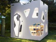 i love this little house for children