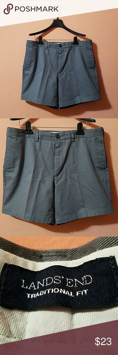 Lands End shorts Gently worn, no rips or stains 47cm long ( measured from the the back) Lands' End Shorts