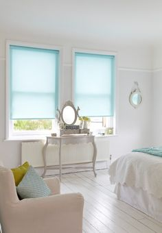 Lisbon Aqua Roller blind for your bedroom from Hillarys. Find more inspiration here: http://www.hillarys.co.uk/