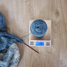 Yesterday the lovely @alpakkaanna asked me #widn but it was dark and I'd finished for the day.  Today is much more interesting - currently I'm calculating whether the yarn I have left is enough for the knitted on border I want to create. I hope so otherwise there will be lots of ripping back later