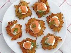 Butternut Squash Latkes and Gravlax Dill Salmon, Smoked Salmon, Salmon Potato Cakes, National Potato Day, Tortilla, Tzatziki Recipes, Matzo Meal, Fresh Potato, Mini Potatoes