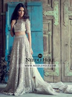 Shop Designer Bridal Lehenga Choli Suits By Nomi Ansari. Need a gorgeous bridal lehnga dress? Browse wedding lehengas dresses for brides | Free shipping at Needlehole