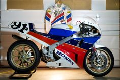 1988 HONDA RC30 AMA