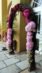 Ceremony Flowers - Daisy Chain Kinsale Weddings
