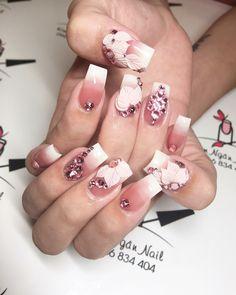 Móng giả New Nail Designs, Beautiful Nail Designs, Acrylic Nail Designs, Nail Polish Designs, Elegant Nails, Stylish Nails, Sassy Nails, Cute Nails, Stone Nail Art
