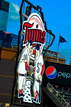 MInnesota Twins Baseball.  Minneapolis, MN, Minny and Paul