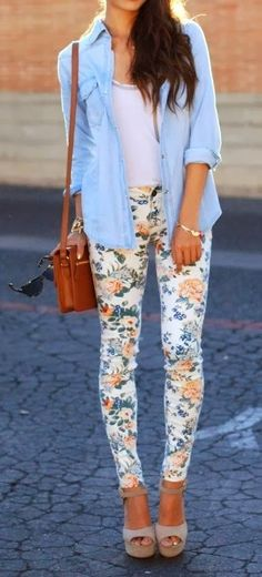 Spring fashion trends 2015. Floral leggings, denim shirt and white top create pretty casual combination.