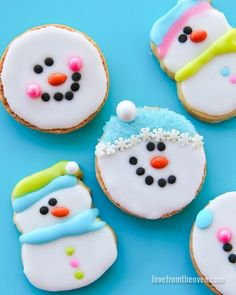 Check out these cute and fun cookie décor ideas just in time for holiday baking season. They're perfect for creative family time together!