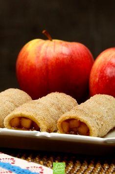 Diese Leckerei aus Toastbrot vertreibt selbst die fieseste Herbststimmung. Warm schmeckt sie am besten! Peach, Apple, Fruit, Desserts, Food Items, Deserts, Beverages, Sandwich Loaf, Cinnamon