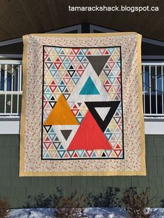 Ellen made this lovely modern quilt for her granddaughter, who picked out the pattern. The pattern is free on Art Gallery Fabrics web. Paper Piecing Patterns, Quilt Patterns, Acute Triangle, Charm Quilt, Art Gallery Fabrics, Patch Quilt, Longarm Quilting, How To Dye Fabric, Quilting Designs