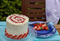 Hungarian Cake, Hungarian Recipes, Pavlova, Delish, Deserts, Rolls, Strawberry, Jar, Sweets