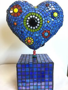 Browse through the gallery of mosaic artist Rachel Greenberg.