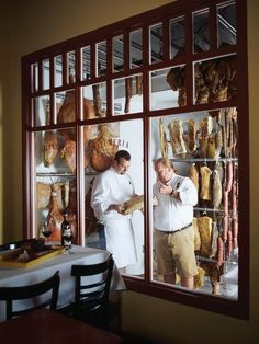 Meat Restaurant, Restaurant Concept, Restaurant Design, Deli Shop, Meat Store, Dry Aged Beef, Architecture Restaurant, Charcuterie Cheese, Food Retail