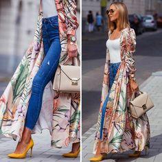 Summer vibes☀️ #outfit details👇🏻 @mosquitopl dress as a kimono @zara basic top and yellow pumps (old pair) @camelia_roma leather bag @bijoubrigitte bracelet @abbottlyon watch @house_brand jeans @eyelovesquad sunnies  #kimono #summer #summeroutfit #longbobhair #longbob #printeddress #jeans #fashionstyle #fashion #fashionista #fashionblogger #streetstyle #style #zara #zaraoutfit Indie Outfits, Cute Outfits, Hijab Fashion, Korean Fashion, Grunge, Zara Outfit, Basic Tops, Minimal Fashion, Trendy Fashion