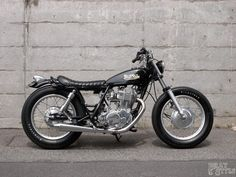 SR400 Brat Style