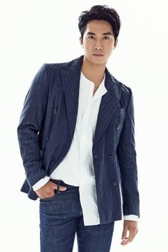 I'll help you tuck the other side of that shirt. Song Seung Heon, Asian Actors, Korean Actors, Korea University, Sexy Asian Men, Takeshi Kaneshiro, Asian Love, Kdrama, Jikook