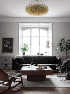 vardagsrum_soffa_lampa