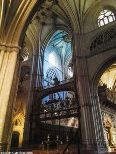Catedral de Palencia. Vista de la reja del coro. Cathedral of Palencia View of the choir grid