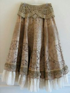 Your place to buy and sell all things handmade : Etsy Transaction - Vintage Lace Skirt Romantic Tea Stain Lace On Lace Winter Skirt Shabby Chic Prairie Gypsy Style, Bohemian Style, My Style, Bohemian Skirt, Boho Fashion, Vintage Fashion, Fashion Outfits, Modern Fashion, Pretty Outfits