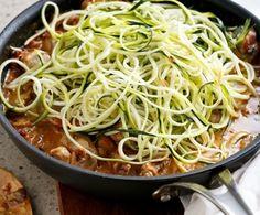 A cukkinispagetti az utóbbi 10 év legszuperebb diétás újítása! Cabbage, Healthy Living, Spaghetti, Good Food, Paleo, Food And Drink, Healthy Recipes, Homemade, Vegetables