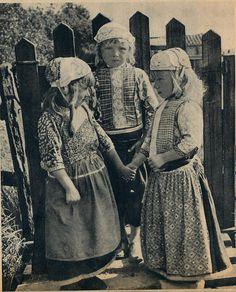 marken, kinderen j 40 by janwillemsen, via Flickr #NoordHolland #Marken