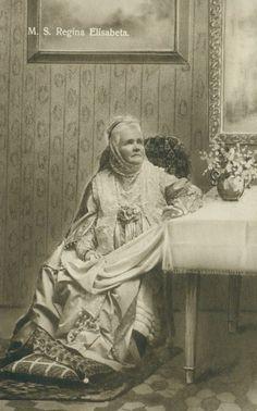 Queen Elisabeth of Romania. Wrote children's books under the name of Carmen Sylvia. European History, Women In History, Romanian Royal Family, Queen Mary, Queen Elizabeth, Elisabeth, Kaiser, Ottoman Empire, Historical Photos