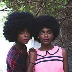 No sibling rivalry found here! These set of twin sisters have hair and style down pat. Suzane and Suzana Massena This Brazilian born duo Suzaneand Suzana Massena took the fashion world by storm at…