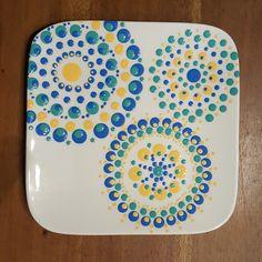 Home - Cateautje Dyi Painting, Ceramic Painting, Pottery Painting Designs, Paint Designs, Painted Ceramic Plates, Mandala Art Lesson, Stippling Art, Paint Your Own Pottery, Pottery Plates