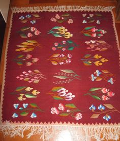 Traditional Romanian rug - handwoven on primitive loom/wool on cotton Wool Area Rugs, Cardmaking, Persian, Primitive, Hand Weaving, Carpet, Textiles, Kids Rugs, House Design