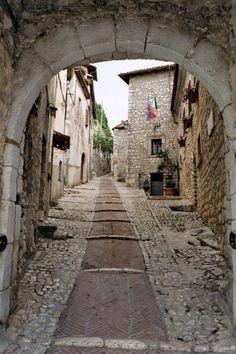 Lazio, Fumone (Frosinone) - il borgo