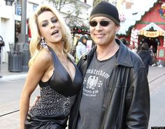 Courtney Stodden & Doug Hutchison Age difference: 35 years