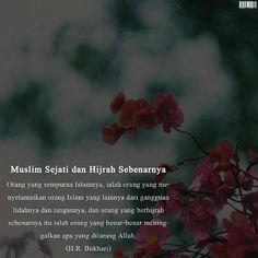 """Sumber saya dapat dan saya baca (in sya' Allah dengan hati-hati) dalam """"Kumpulan Do'a dan Hadits"""". Terbitan Karya Muda. . Wallahu a'lam bissawab. . .  #Repost @darithaha"""