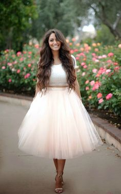 Jupon en tulle : Lace crop top and pastel tulle skirt Skirt Outfits, Dress Skirt, Dress Up, Cute Outfits, Dirndl Skirt, Skirt Pleated, Midi Skirt, Party Skirt, Party Dress
