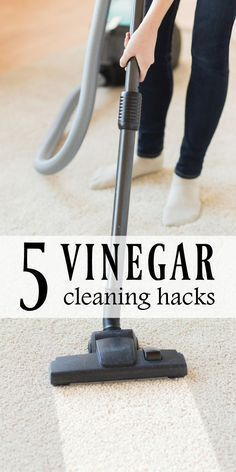 5 Smart & Easy Ways to Clean your Home with Vinegar | From cleaning your carpet to your dishwasher, these simple hacks will make keeping a clean home so much easier! #Sponsored