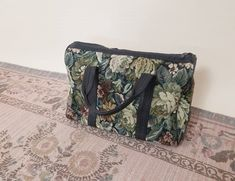 Vintage floral tapestry weekend bag - small overnight bag Vintage Floral, Vintage Black, Black Maxi Evening Dress, Boho Summer Dresses, Boho Kimono, Tapestry Weaving, Small Bags, Fabric, Pattern