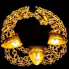Lanvin 1960's Gold Chain Commedia Pendant Necklace 26 in.  #mdvii #lanvin #1960s #catalog #chain, #gold #gilt #necklace #vintage