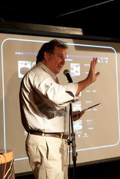 Georges Schnyder, Presidente da Editora 4 Capas, apresenta o caso da Prazeres da Mesa, uma de suas revistas que chegou ao iPad com a WoodWing. Foto: Patrícia Bruni.