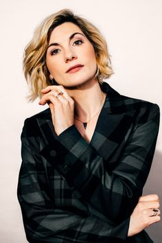 Let's get one thing out of the way: Jodie Whittaker is the first woman to take on the role of the Doctor in the British television staple Doctor Who, a pivot in the historically male casting that's 55 years in the making. Jodi Whittaker, Jodie Whittaker Hot, Pretty People, Beautiful People, 13th Doctor, Doctor 13, Doctor Who Cast, Dr Who, Celebs