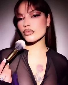 PAT McGRATH LABS | Brown Eyeshadow, Lip Liner and Gloss Makeup Video ⚡⚡ Featuring the *NEW* #MothershipIX: HUETOPIAN DREAM #DivineGlow Highlighter 'GOLDEN NECTAR,' #DivineBlush 'NYMPHETTE' and MatteTrance™ Lipstick 'DREAM LOVER' from the *NEW* Divine Blush Collection, this makeup transformation is one hot runway look. ⚡⚡SHOP now PATMcGRATH.COM. Eyeliner Tricks | Modern Makeup Looks | Dark Toned Makeup | 90s makeup 90s Makeup, Runway Makeup, Pat Mcgrath Makeup, Graphic Eyeliner, Looks Dark, Eye Liner Tricks, Brown Eyeshadow, Flawless Face, Makeup Transformation