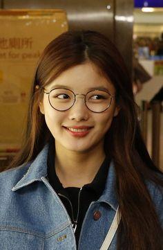 "Kim Yoo Jung Fan Meeting ""First Memory"" in Taiwan Kim Joo Jung, Jin Kim, Korean Actresses, Korean Actors, Kim Yoo Jung Fashion, Korean Beauty, Asian Beauty, Yoo Ah In, Cute Girl Pic"