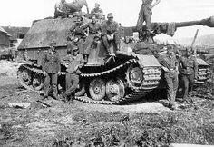Elefant is from 653 Tiger Ii, Word Of Tank, Diorama, Elefant Design, Tank Warfare, Germany Ww2, Tiger Tank, Tank Destroyer, Ww2 Photos