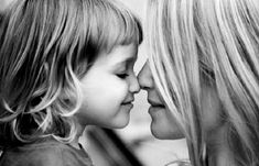 22 Things Every Mother And Daughter Should Do Together At Least Once Mother Daughter Quotes, Daughter Love, Mother And Child, Father Daughter, Daughters, Cool Pencil Drawings, Realistic Drawings, Pencil Art, Family Portraits