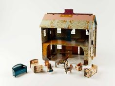 Pop up doll house