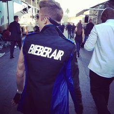 Bieber air! Justin Bieber